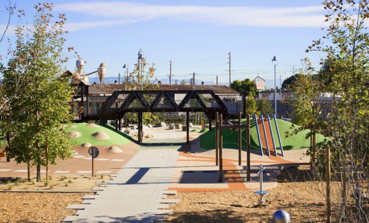 Watts Serenity Park 1 Entrance 720x435 - Watts Serenity Park