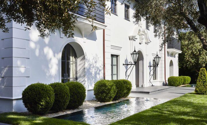 Palm drive residence